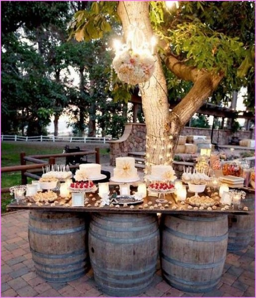 Pretty Backyard Reception Decoration Ideas32