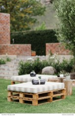Pretty Backyard Reception Decoration Ideas36