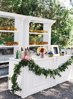 Pretty Backyard Reception Decoration Ideas40
