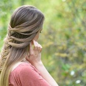 Stylish Mermaid Braid Hairstyles Ideas For Girls19