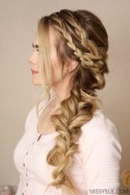 Stylish Mermaid Braid Hairstyles Ideas For Girls22