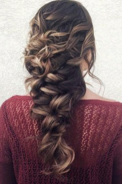 Stylish Mermaid Braid Hairstyles Ideas For Girls24