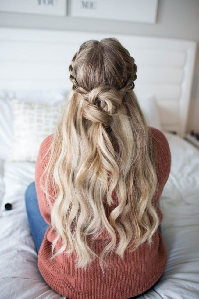 Stylish Mermaid Braid Hairstyles Ideas For Girls33