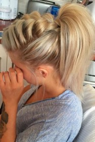 Beautiful Long And Medium Hairstyle Ideas For Women21