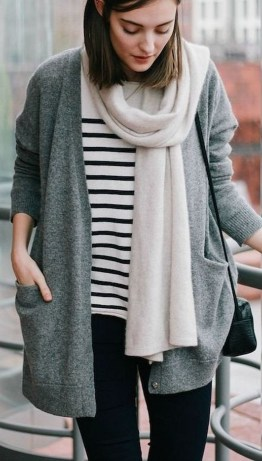 Best Ideas To Wear A Scarf Stylishly This Spring06