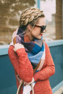Best Ideas To Wear A Scarf Stylishly This Spring21