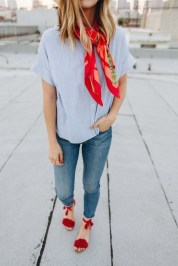 Best Ideas To Wear A Scarf Stylishly This Spring29