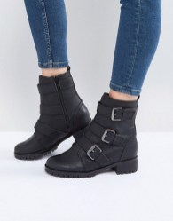Best Ideas To Wear Wide Ankle Boots This Spring09