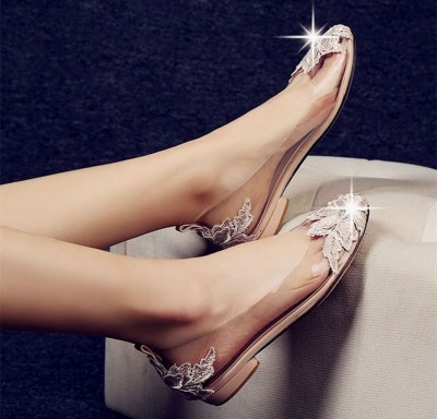 Captivating Flat Wedding Shoes Ideas31