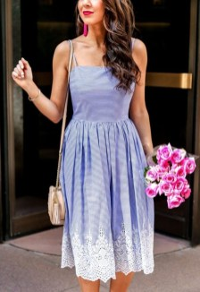 Charming Women Outfits Ideas For Spring And Summer22