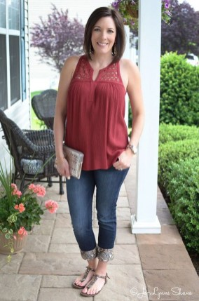 Charming Women Outfits Ideas For Spring And Summer38