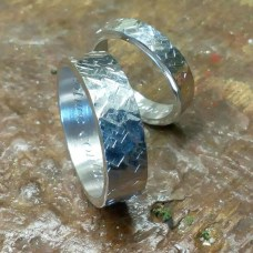 Creative Wedding Ring Sets Ideas For Bride And Groom11