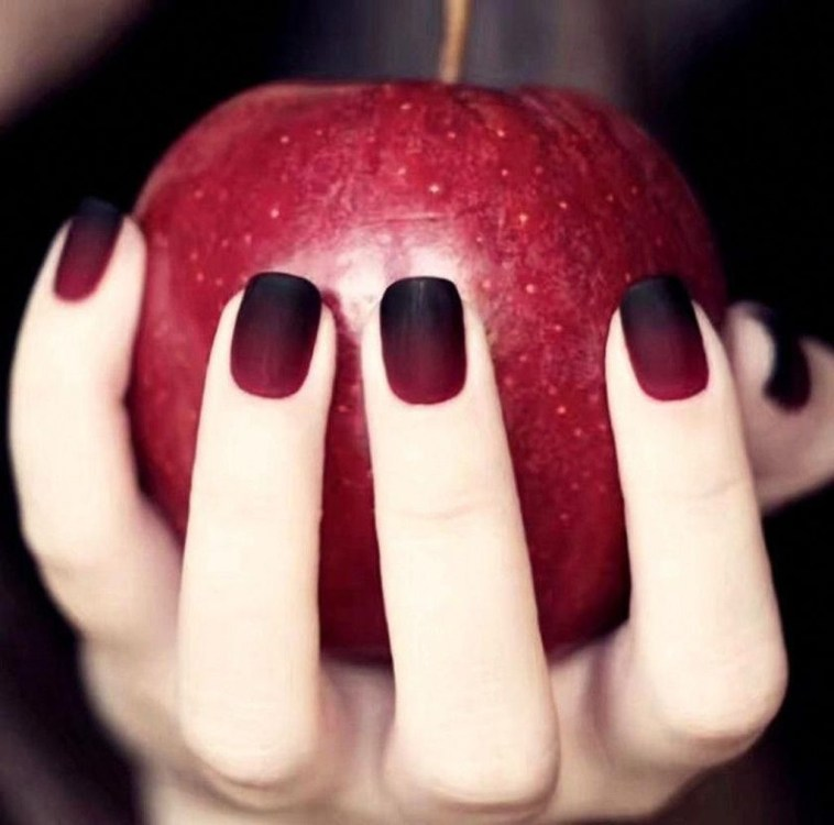 Extraordinary Red Nail Trends Ideas For This Year32