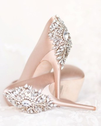 Lovely Wedding Shoe Ideas To Get Inspired38