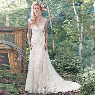 Newest Lace Sweetheart Wedding Dresses Ideas For Spring05