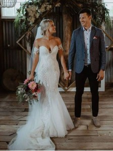 Newest Lace Sweetheart Wedding Dresses Ideas For Spring37