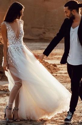 Pretty V Neck Tulle Wedding Dress Ideas For 201907