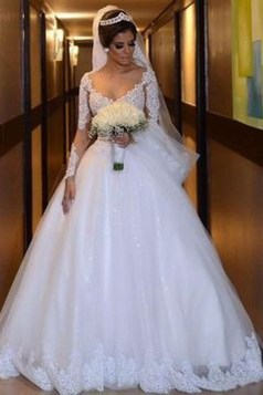 Pretty V Neck Tulle Wedding Dress Ideas For 201927