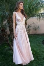 Pretty V Neck Tulle Wedding Dress Ideas For 201934