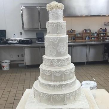 Pretty Wedding Cake Ideas For Old Fashioned32