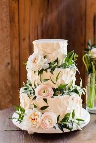 Pretty Wedding Cake Ideas For Old Fashioned38
