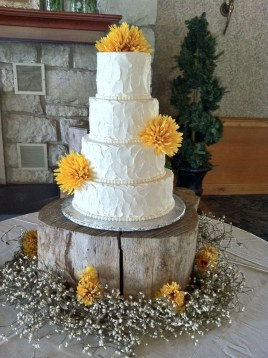 Pretty Wedding Cake Ideas For Old Fashioned41