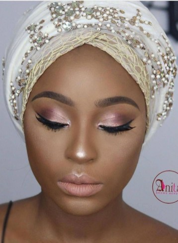 Stunning Eyeliner Makeup Ideas For Women10