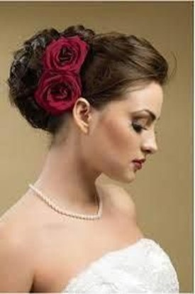 Unique Wedding Hairstyles Ideas For Round Faces08