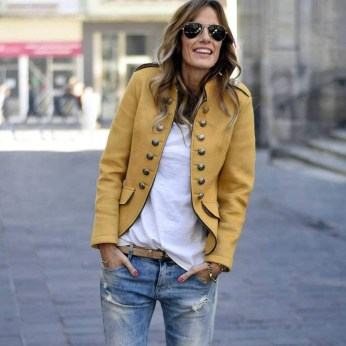 Unordinary Mismatched Outfits Ideas For Women38