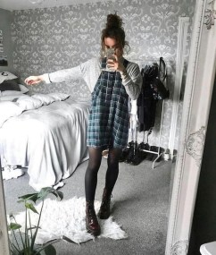 Unordinary Retro Outfit Ideas For Girl20
