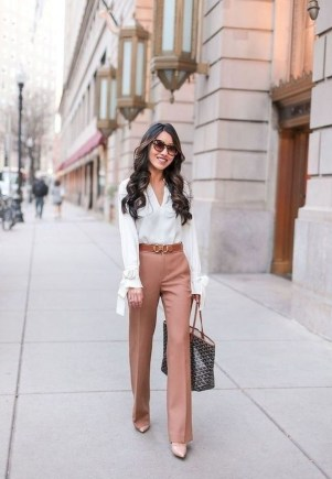 Attractive Business Work Outfits Ideas For Women 201924