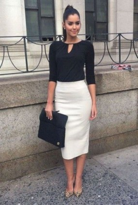 Attractive Business Work Outfits Ideas For Women 201935
