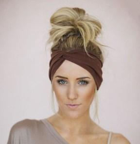 Captivating Boho Hairstyle Ideas For Curly And Straight Hair04