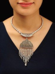 Captivating Silver Accessories Ideas For Add In Your Appearance15