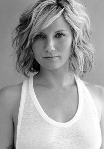 Charming Wavy Hairstyle Ideas For Your Appearance More Cool13