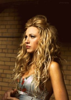 Charming Wavy Hairstyle Ideas For Your Appearance More Cool27