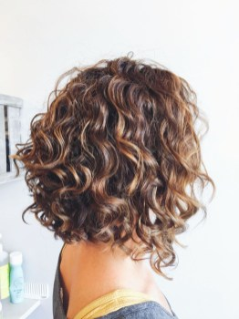 Classy Curly Hairstyles Design Ideas For Teenage In 201935