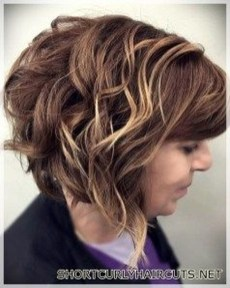 Cute Short Hairstyles Ideas For Women Over 5037