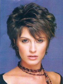 Cute Short Hairstyles Ideas For Women Over 5038