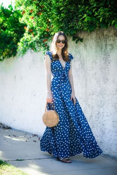 Delicate Polka Dot Maxi Skirt Ideas For Reunion24