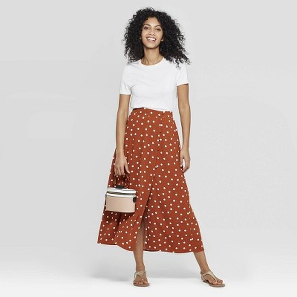Delicate Polka Dot Maxi Skirt Ideas For Reunion34