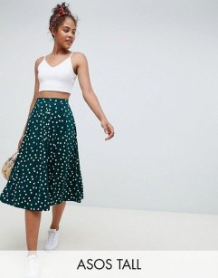 Delicate Polka Dot Maxi Skirt Ideas For Reunion37