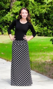 Delicate Polka Dot Maxi Skirt Ideas For Reunion39