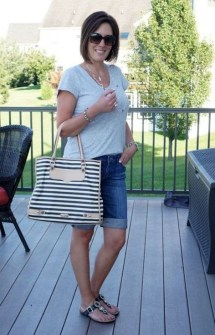 Elegant Summer Outfits Ideas For Women Over 40 Years Old05