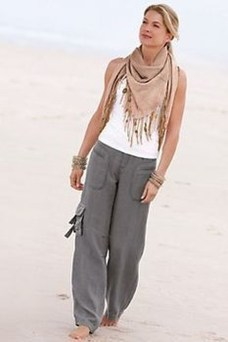 Elegant Summer Outfits Ideas For Women Over 40 Years Old14