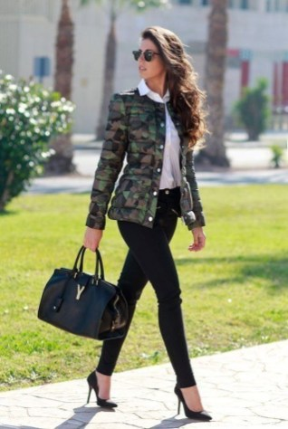 Fashionable Work Outfit Ideas To Try Now37