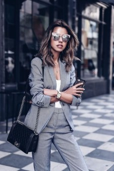 Flawless Outfit Ideas For Women31