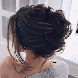 Rustic Hairstyle Ideas For Wedding27
