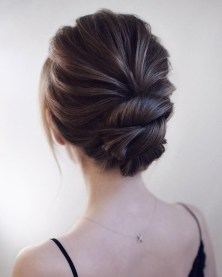 Rustic Hairstyle Ideas For Wedding34