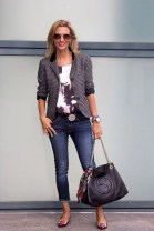 Stylish Outfits Ideas For Professional Women21